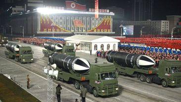 ရေငုပ်သင်္ဘောကနေ ပစ်ခတ်နိုင်တဲ့ အစွမ်းထက်ဒုံးပျံသစ် မြောက်ကိုရီးယား ထုတ်ဖော်ပြသ