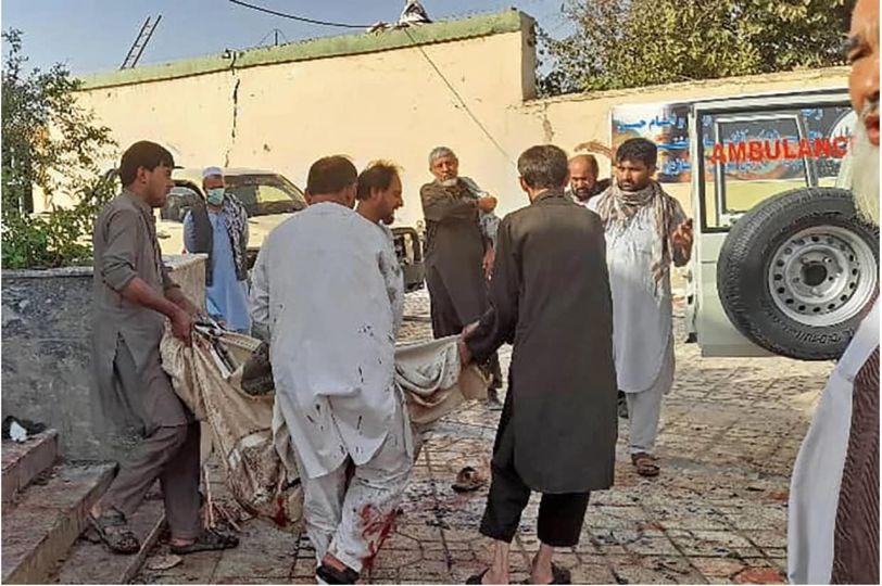 အာဖဂန်မှာ ဗလီတက်နေချိန် အသေခံဗုံးခွဲတိုက်ခိုက်မှုကြောင့် လူ ၇၀ သေဆုံး